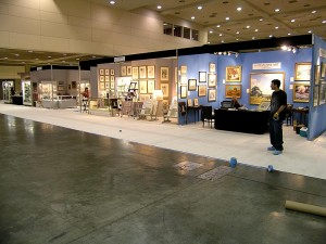 The main aisle of the show, just before carpeting