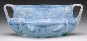 Daum Nancy handled bowl with swan decoration, Julia's lot #2283