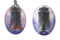 The same Argy-Rousseau Cicada pendant in two color variations, Catalogue Raisonné No. 23.30