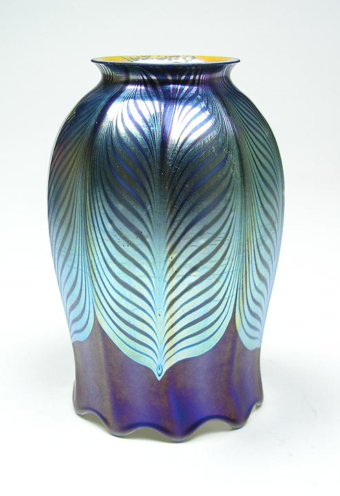 Quezal blue pulled feather shade