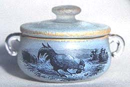 Daum Nancy covered salt, similar to the one sold at a Florida auction
