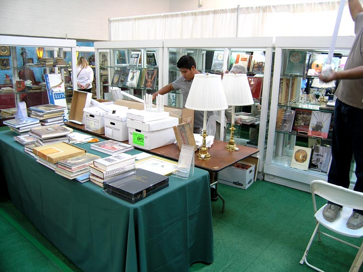 Hayden & Fandetta are setting up at the show with rare and fine books