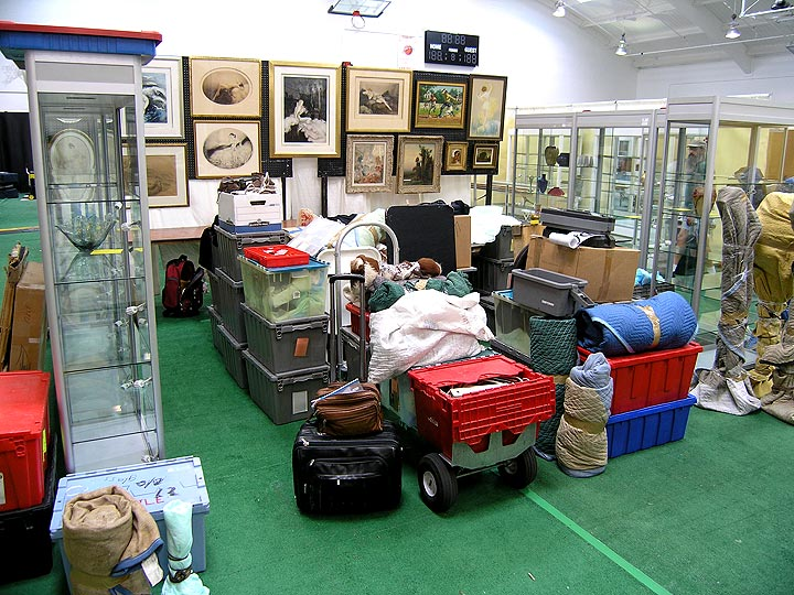 We're starting to set-up at the Redondo Beach Antiques Show, 7/21/10
