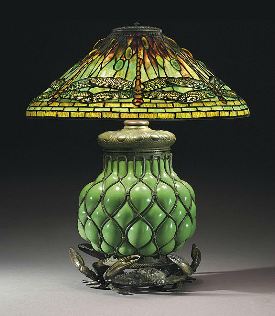 tiffany-dragonfly-crab-lamp.jpg