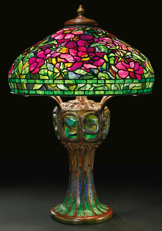 Splendid Tiffany Studios Peony table lamp, Sothebys lot #226