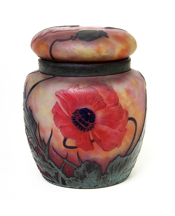 Stupendous Daum Nancy wheel-carved poppy jar