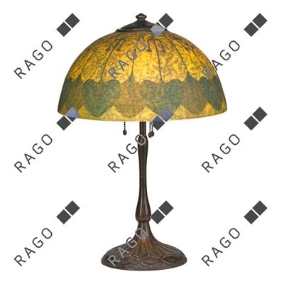 "Handel 15"" diam. Arts & Crafts table lamp, Rago lot #69"