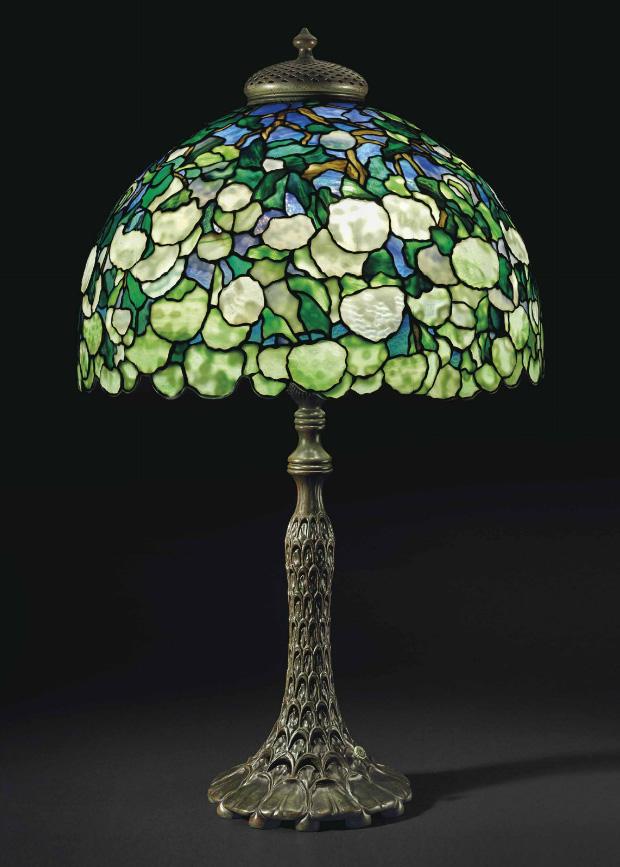 Tiffany Studios Snowball table lamp, Christie's lot #20