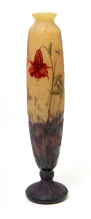 Beautiful Daum Nancy columbine vase, just in