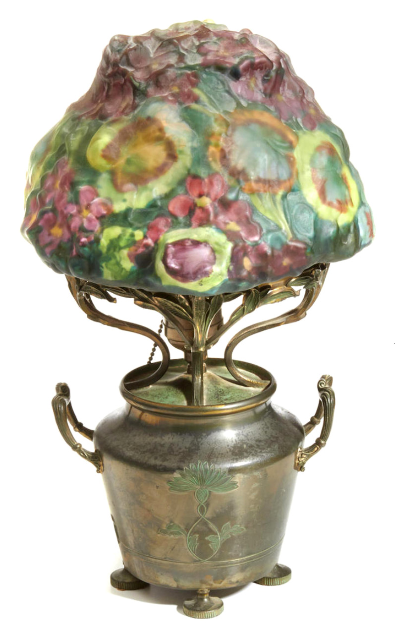 Rare Pairpoint Geranium puffy table lamp, Bonham's lot #2238