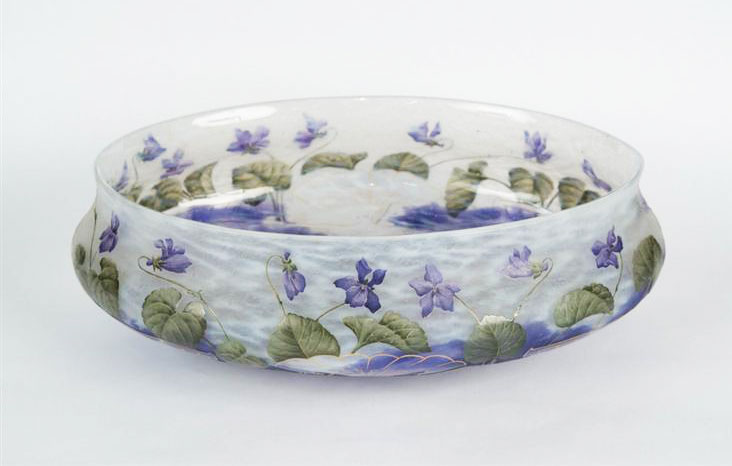 Daum Nancy Violets bowl, Grogan lot #557