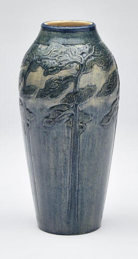 Newcomb College scenic vase, Waddington lot #127