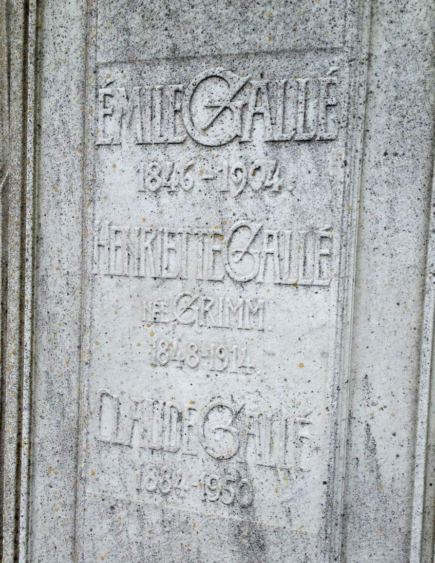 galles-grave-2