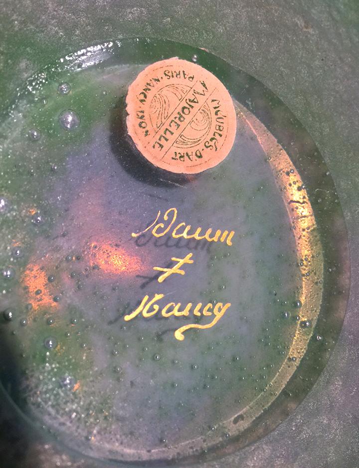 Daum hand-painted gilded signature