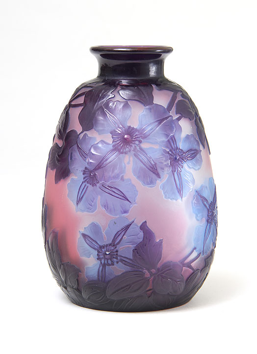 This is very similar to the Gallé clematis blownout vase that was stolen at the show. I had just bought the vase the day before, so I don't have a photo of the actual vase.