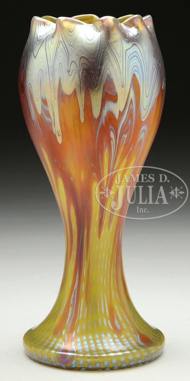 Loetz Phaenomen vase, Julia lot #1143