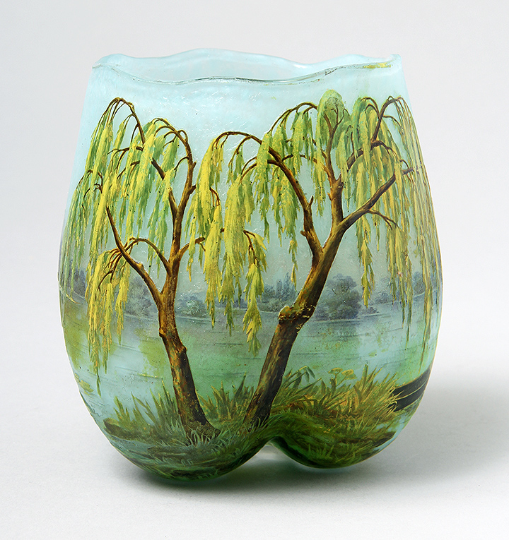 Daum Nancy Weeping Willow vase