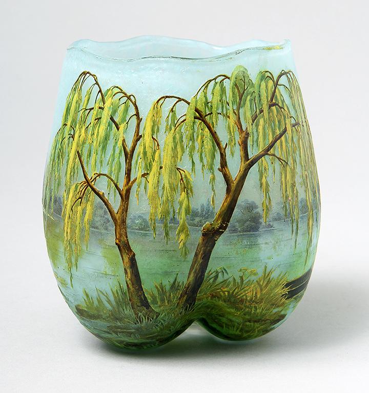 Daum Nancy Weeping Willow vase