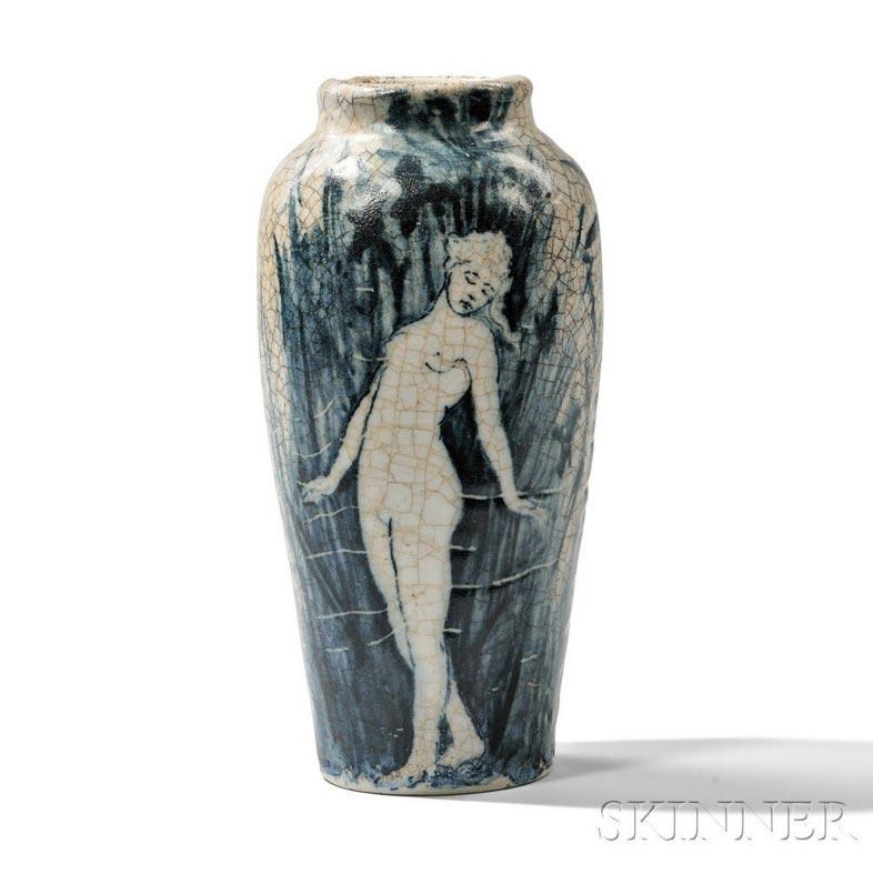 Dedham pottery vase, Skinner lot #276