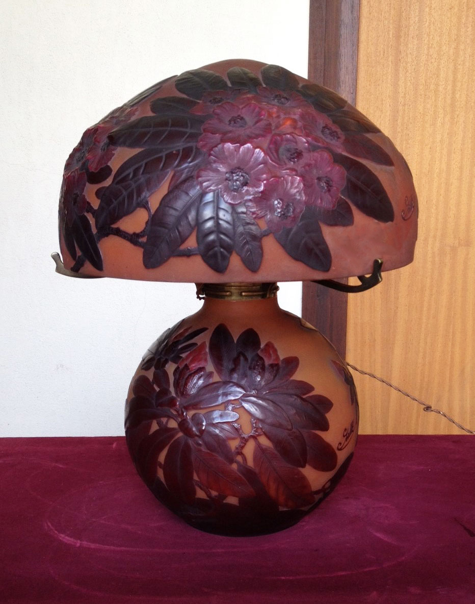 Gallé blownout Rhododendron table lamp