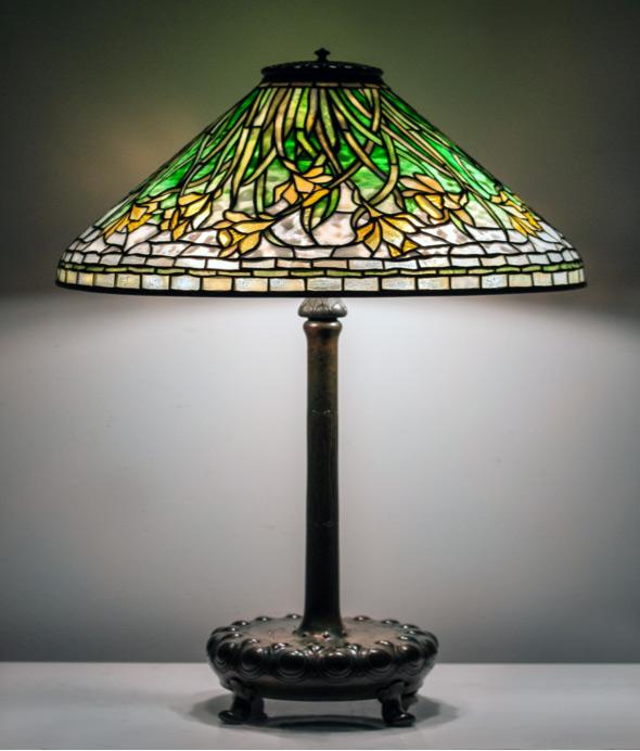 "Tiffany Studios 20"" diameter Daffodil table lamp, Cottone lot #260"