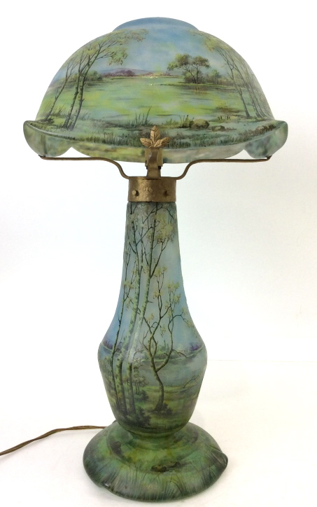 Daum Nancy scenic table lamp, EJ's lot #1100