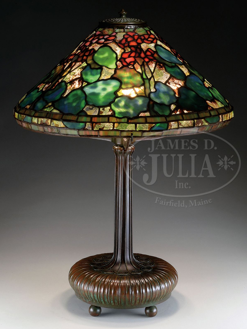 Tiffany Studios Geranium table lamp, Julia's lot #2005