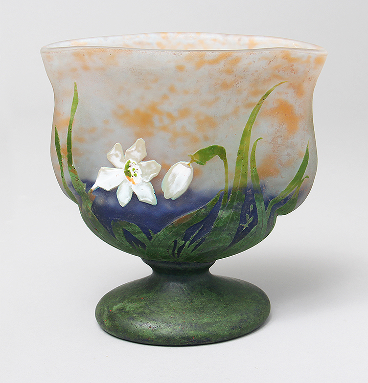 Killer Daum vase with padded and wheel-carved daffodils in a very rare shape