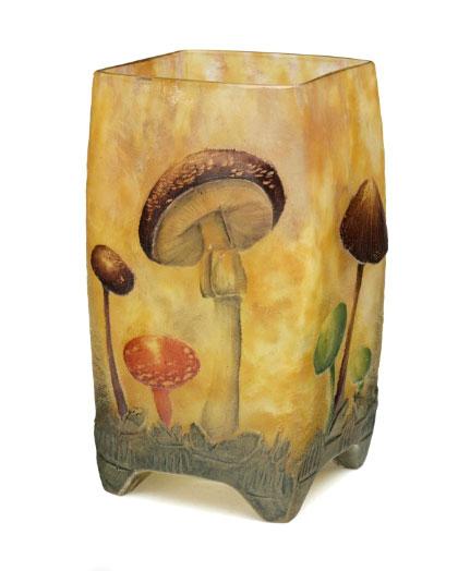 Daum Mushroom vase, Christie's lot #327